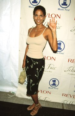 HALLE BERRY at the 1998 VH-1 Lilith Rocks for Women's Health gala, 7/14/98