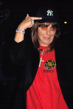 Penny Marshall at DENIS LEARY FIREFIGHTERS FOUNDATION BENEFIT, NY 10/15/2001