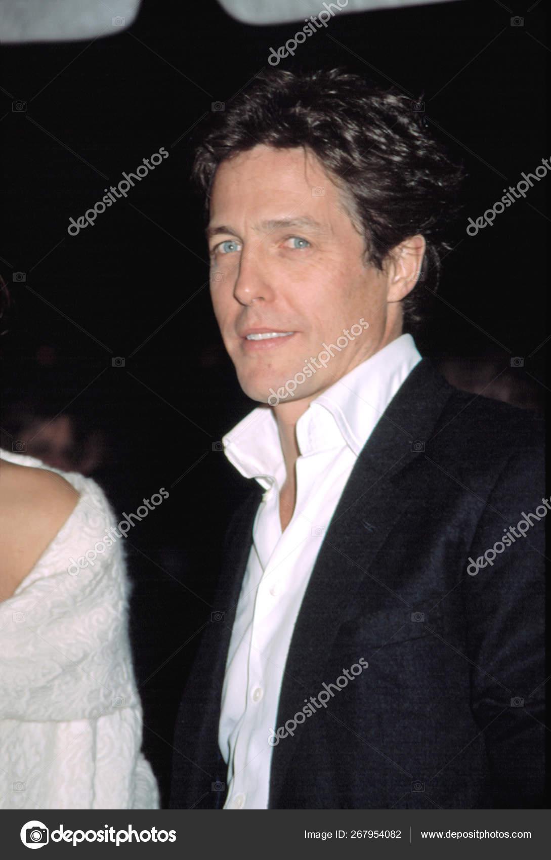 Hugh Grant Premiere Two Weeks Notice 2002 Stock Editorial Photo C Everett225 267954082