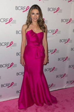 Elizabeth Hurley at arrivals for Breast Cancer Research Foundations The Hot Pink Party: New Depths, Park Avenue Seventh Regiment Armory, New York, NY May 17, 2018. Photo By: Jason Smith/Everett Collection