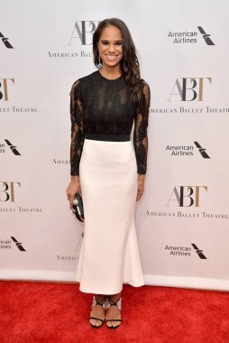 Misty Copeland at arrivals for American Ballet Theatre 2018 Fall Gala, David H. Koch Theater, Lincoln Center, New York, NY October 17, 2018. Photo By: Kristin Callahan/Everett Collection