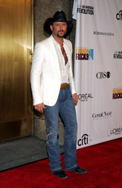 Tim McGraw at arrivals for Conde Nast Fashion Rocks Concert, Radio City Music Hall, New York, NY, September 08, 2005. Photo by: Gregorio Binuya/Everett Collection