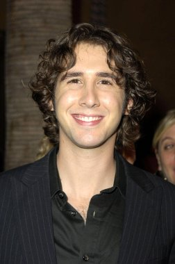 Josh Groban at arrivals for THE THREE BURIALS OF MELQUIADES ESTRADA Premiere, The Egyptian Theatre, Los Angeles, CA, November 07, 2005. Photo by: Michael Germana/Everett Collection