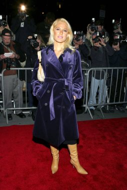 Leah Daniels at arrivals for The Universal Pictures' Premiere of PRIME, The Ziegfeld Theatre, New York, NY,  October 20, 2005. Photo by: Gregorio Binuya/Everett Collection
