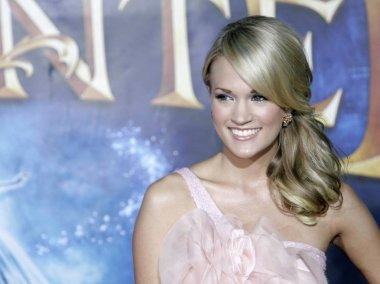 Carrie Underwood at arrivals for ENCHANTED Premiere, El Capitan Theatre, Los Angeles, CA, November 17, 2007. Photo by: Adam Orchon/Everett Collection