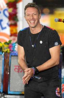 Chris Martin, Coldplay on stage for NBC Today Show Concert with COLDPLAY, Rockefeller Plaza, New York, NY March 14, 2016. Photo By: Kristin Callahan/Everett Collection