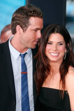 Ryan Reynolds, Sandra Bullock at arrivals for THE CHANGE-UP Premiere, Village Theatre in Westwood, Los Angeles, CA August 1, 2011