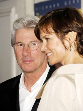 Richard Gere, Carey Lowell at arrivals for THE HOAX Premiere, Mann''s Village Theatre in Westwood, Los Angeles, CA, March 18, 2007. Photo by: Michael Germana/Everett Collection
