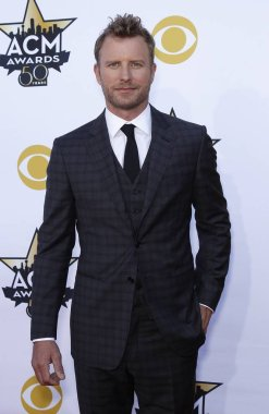 Dierks Bentley at arrivals for 50th Academy of Country Music (ACM) Awards 2015 - Part 1, Arlington Convention Center, Arlington, TX April 19, 2015. Photo By: MORA/Everett Collection
