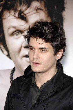 John Mayer at arrivals for WALK HARD: The Dewey Cox Story Premiere, Grauman''s Chinese Theatre, Los Angeles, CA, December 12, 2007. Photo by: Michael Germana/Everett Collection