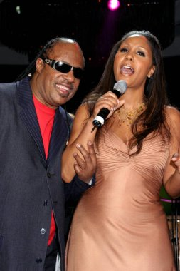 Stevie Wonder, Aisha Morris at arrivals for Angel Ball Benefit for G&P Foundation for Cancer Research, New York Marriott Marquis Hotel, New York, NY,  November 14, 2005. Photo by: Rob Rich/Everett Collection