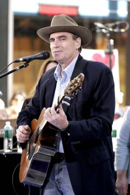 James Taylor on stage for NBC Today Show Concert Series with JAMES TAYLOR, Rockefeller Center, New York, NY, June 21, 2005. Photo by: Fernando Leon/Everett Collection