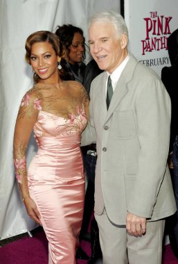 Beyonce Knowles, Steve Martin at arrivals for THE PINK PANTHER Premiere, The Ziegfeld Theatre, New York, NY, February 06, 2006. Photo by: Gregorio Binuya/Everett Collection