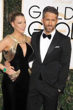 Blake Lively, Ryan Reynolds at arrivals for 74th Annual Golden Globe Awards 2017 - Arrivals 2, The Beverly Hilton Hotel, Beverly Hills, CA January 8, 2017