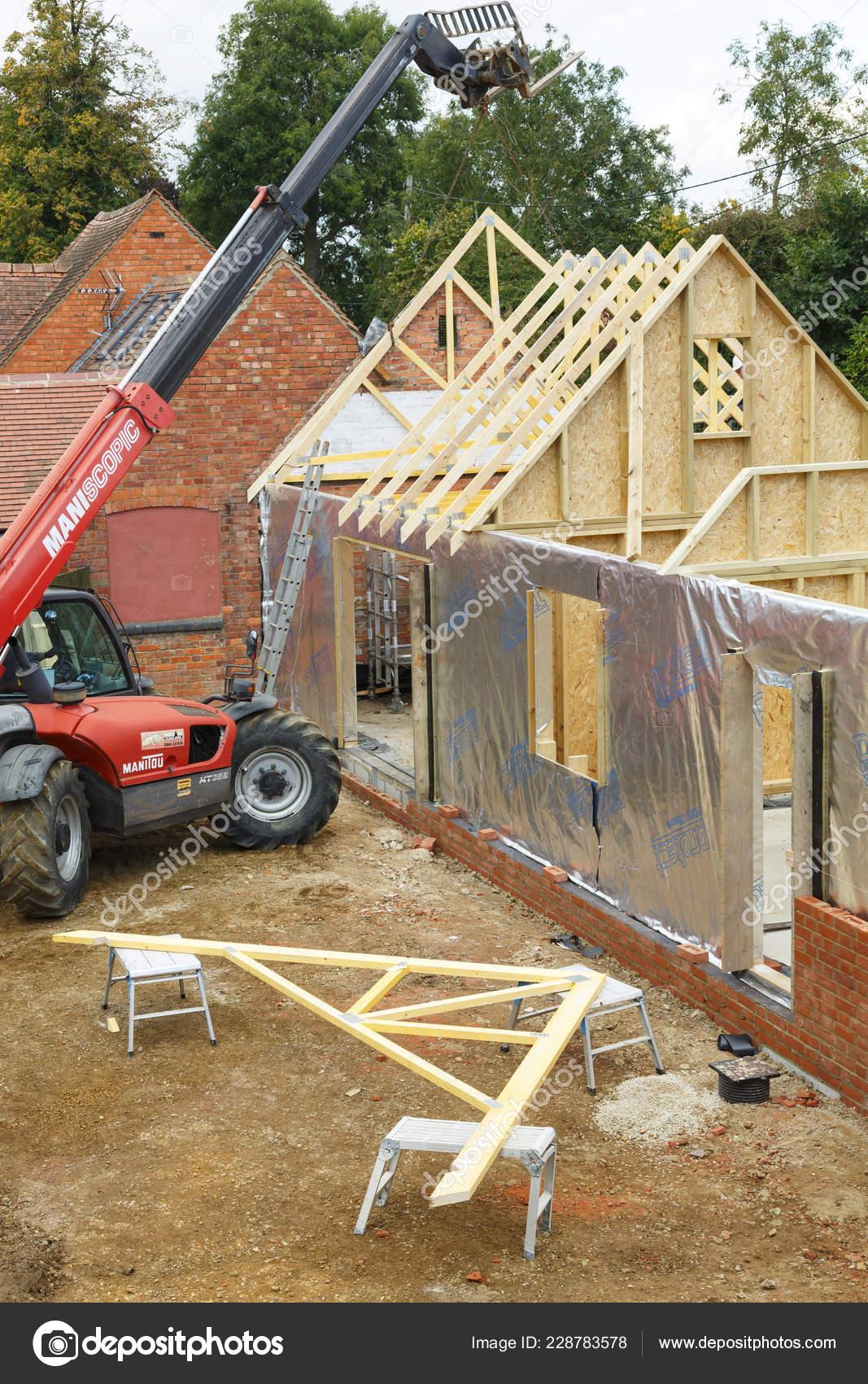 Buckingham October 2016 Heavy Machinery Used Add Roof