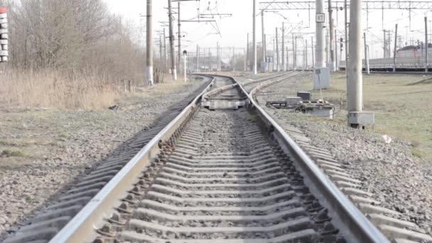 cesta železniční vidličkou