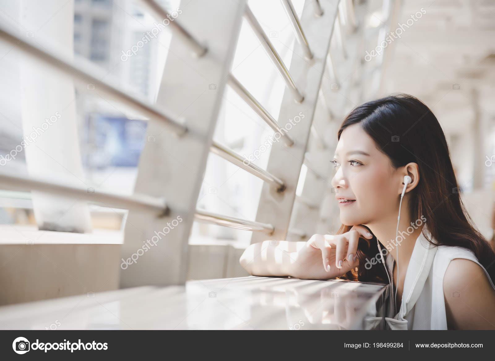 When a Woman Feels Happy 67