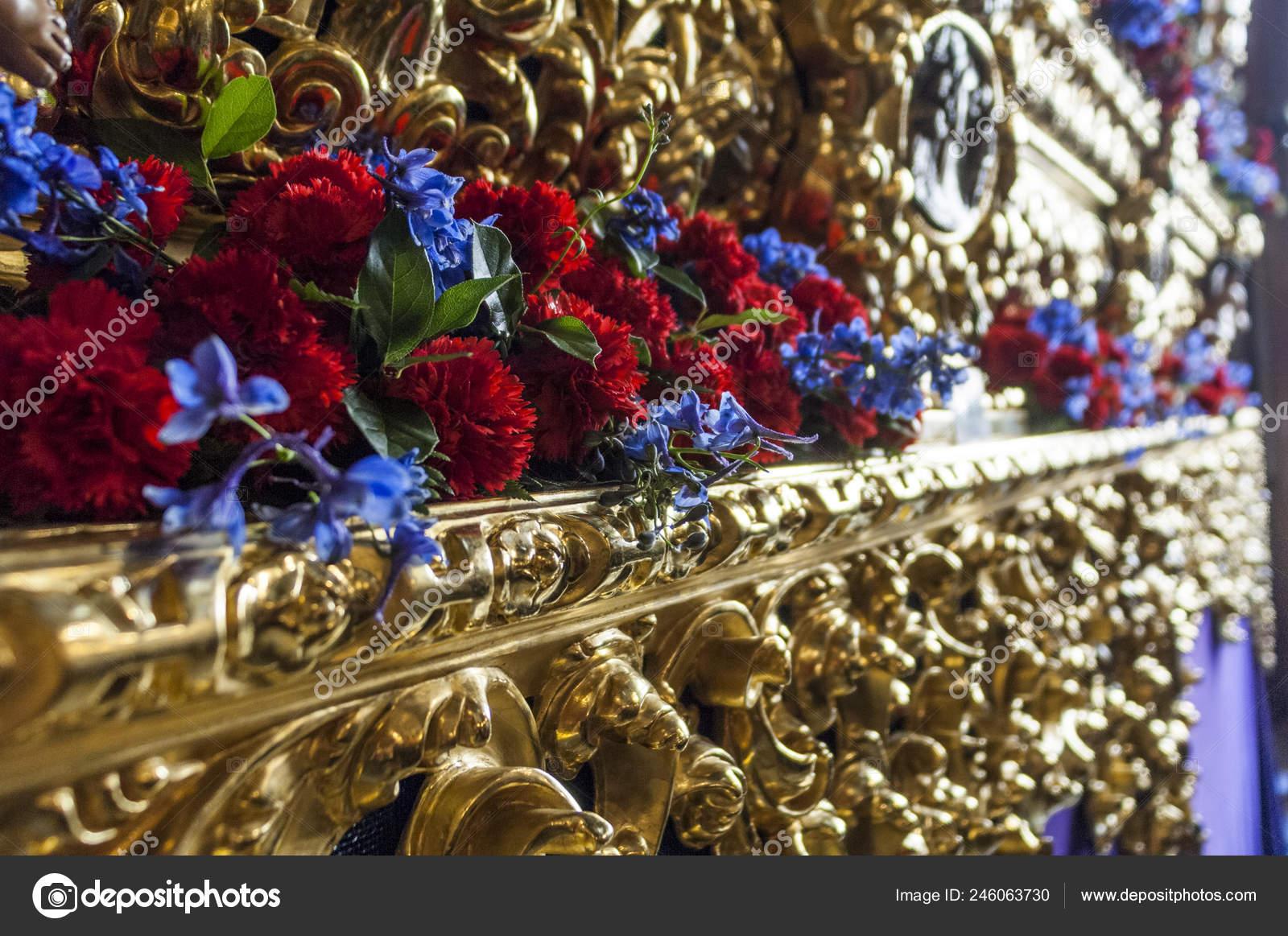 Detalle Talla Madera Decoración Floral Carroza Del Cristo