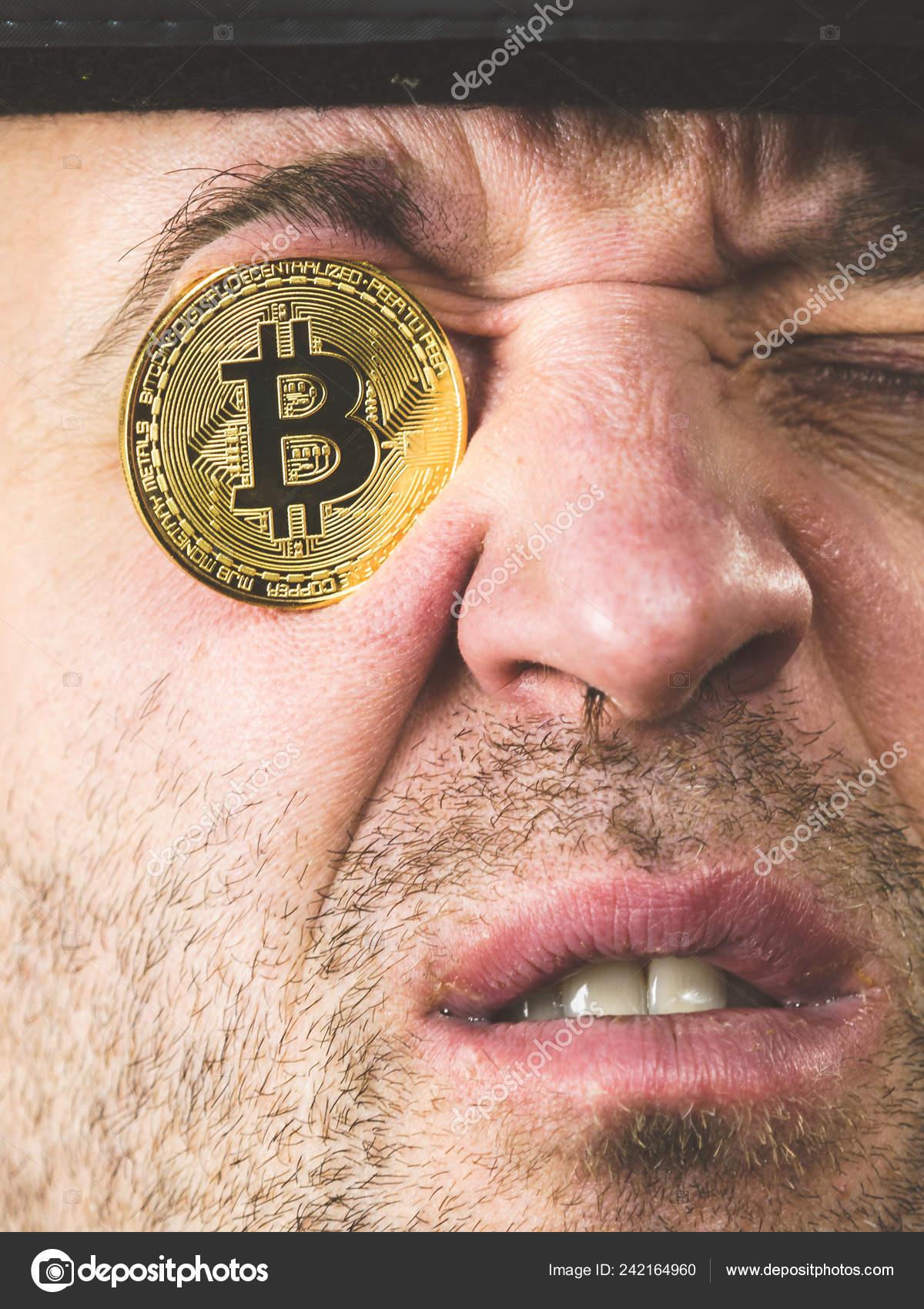 Így néz ki a világ összes pénze és a Bitcoin egyetlen ábrán