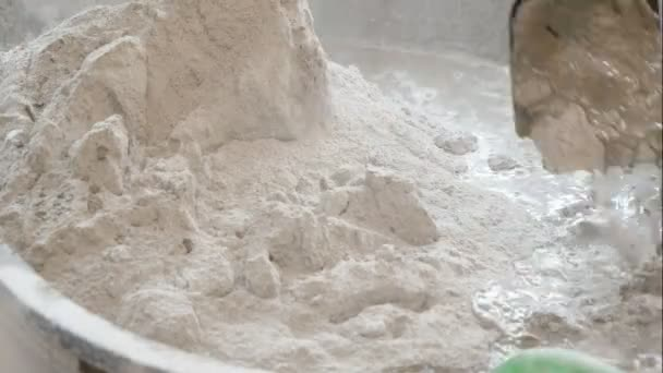 Pour and mixing cement in mortar pickup for building and the floor