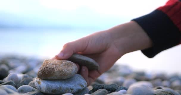 Zavšup hromady kamenů