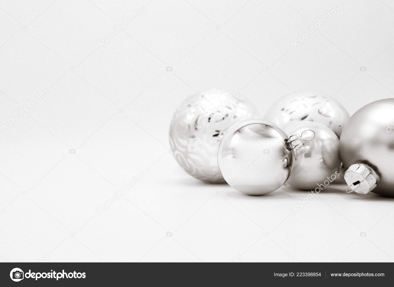 Monochrome Elegant Christmas Wallpaper Background Tree Decorations