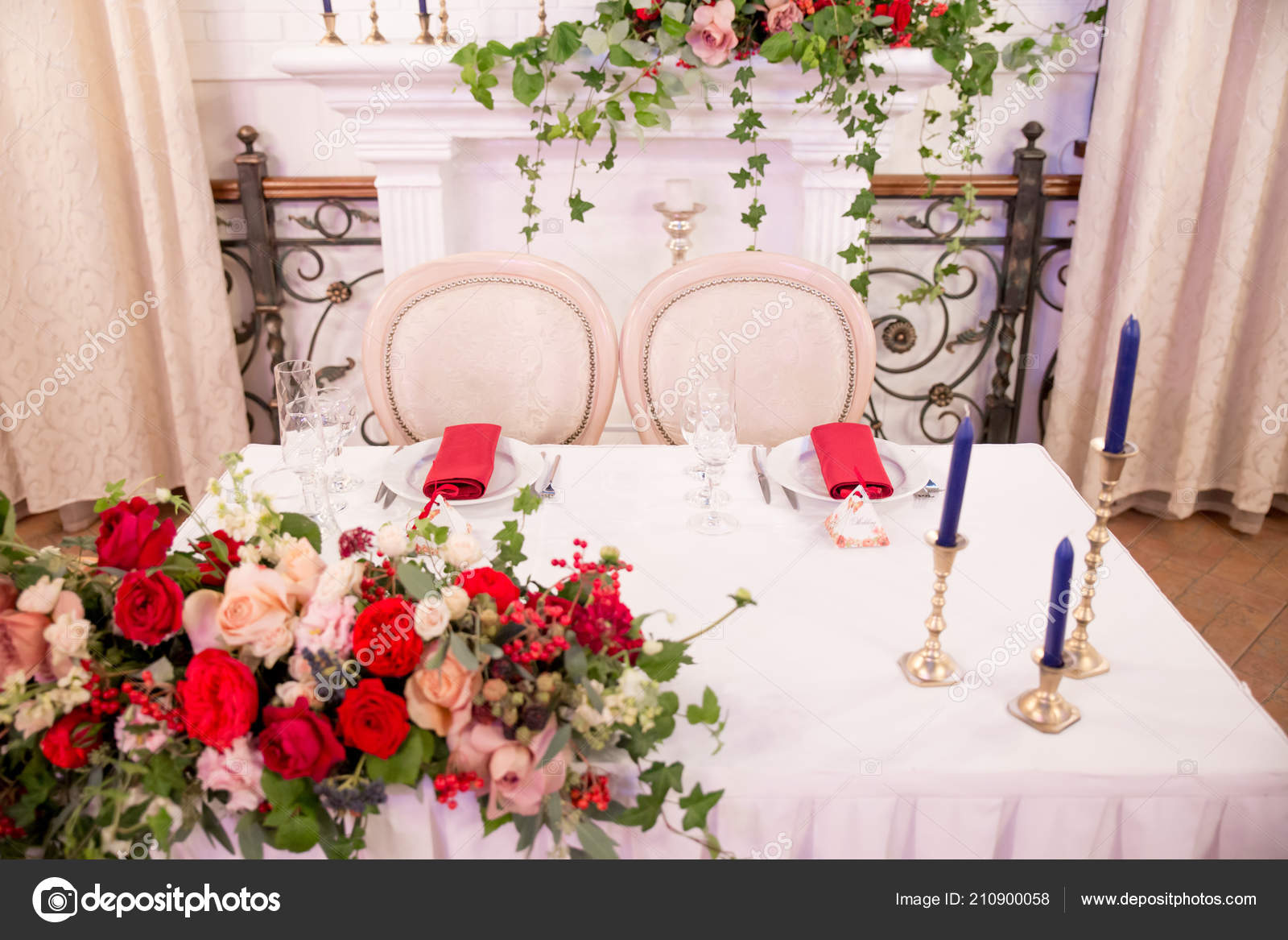 Table Decor Wedding Ceremony Table Setting Flowers Red White