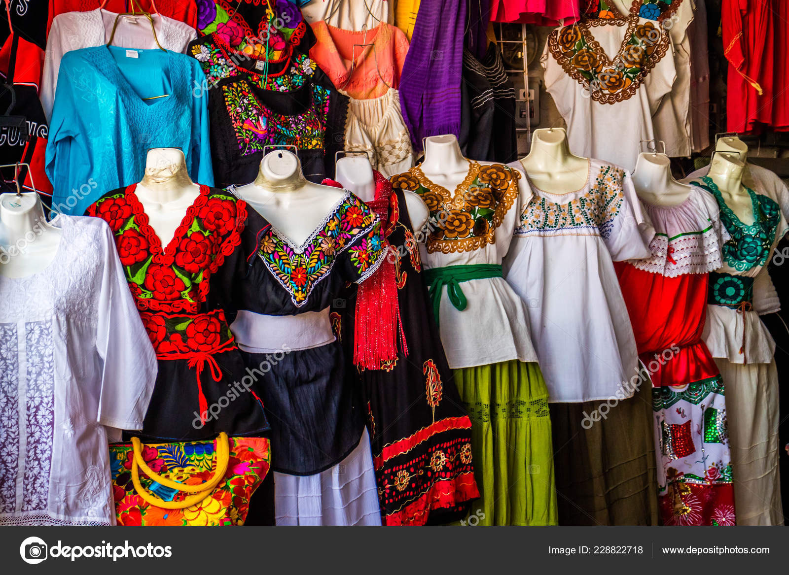b183fd20afa Traditional Mexican Clothing Nuevo Progreso Mexico — Stock Photo ...