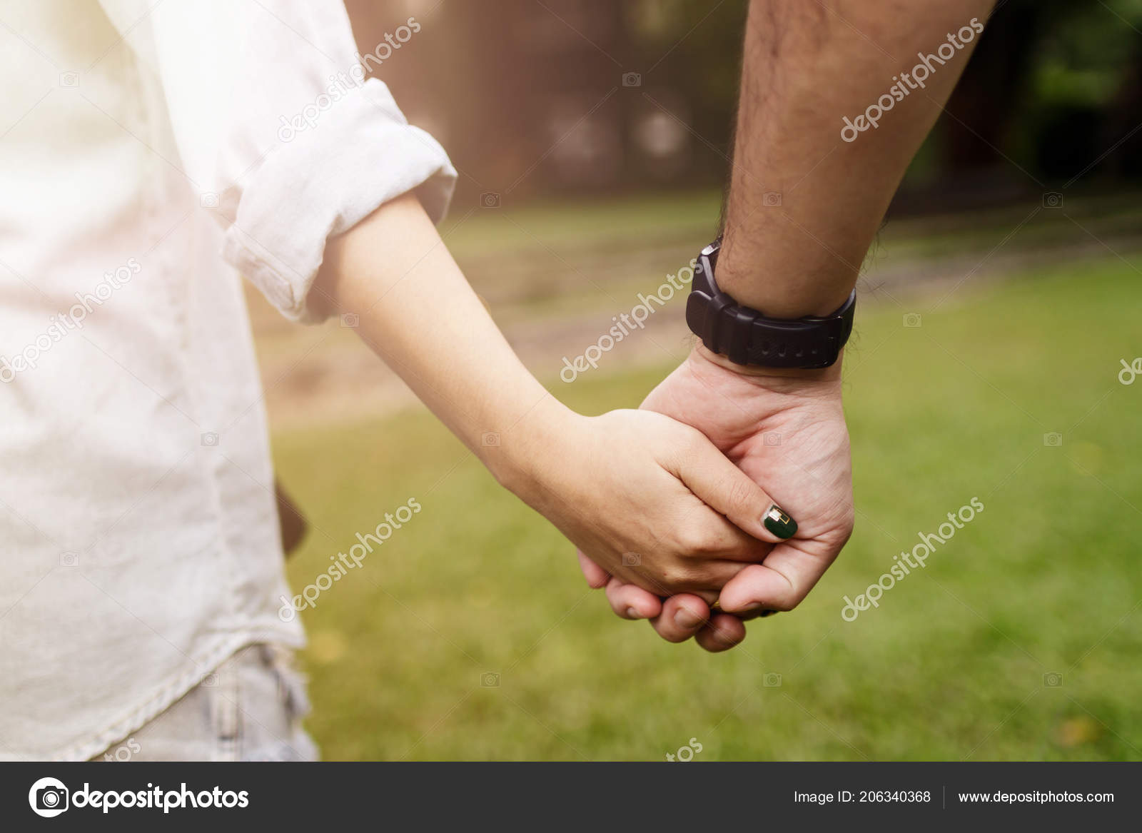 Iictures Romantic Hand Holding Happy Romantic Couple Love