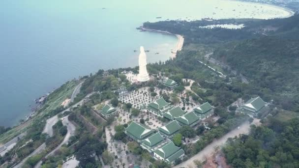 horní náboženský komplex s buddha socha a chrámu domy