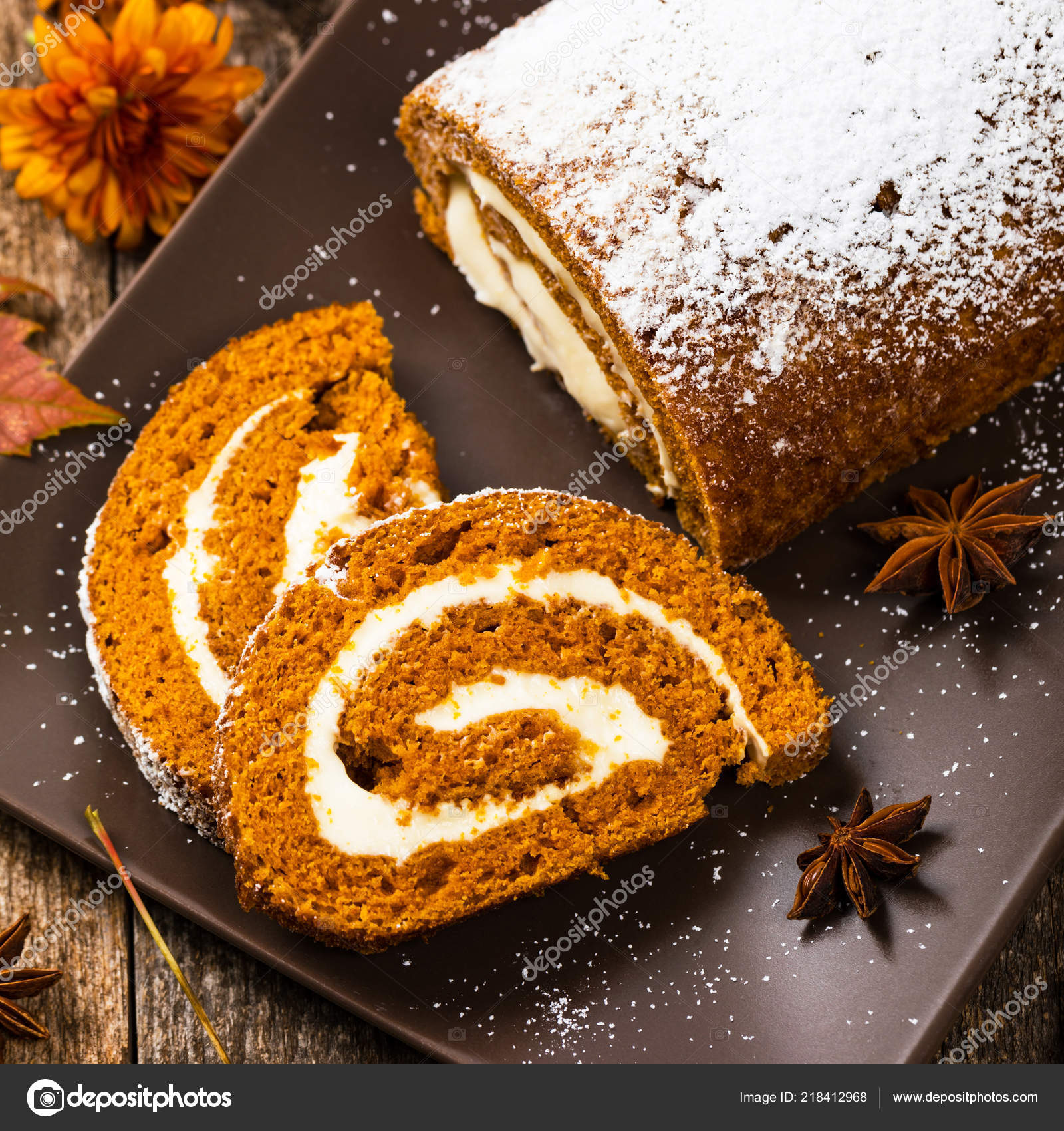 Resultado de imagem para Pumpkin Cream Cheese Rolo