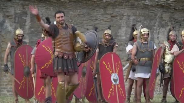 Römischer Legionär Soldat während die Nachstellung Back In Time am 29. Juli 2017 in Arezzo (Italien)