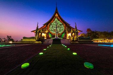 Phu Phrao Temple, Luminous Temple Amazing Thailand