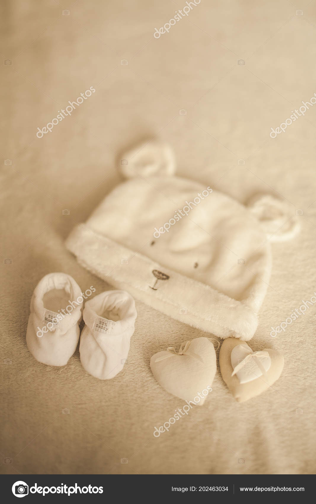 e6f768c44 Little hand made baby clothes. Photo of ultrasound. newborn clothes ...