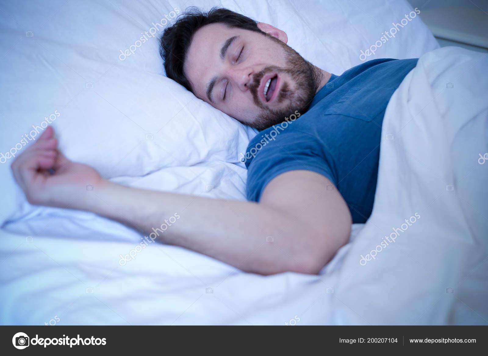 Schnarchen Problem Konzept Mann Bett Schnarchen Und Schlafen