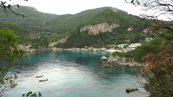 Küste und der Bucht von Liapades und Paleokastritsa auf Korfu (Griechenland).