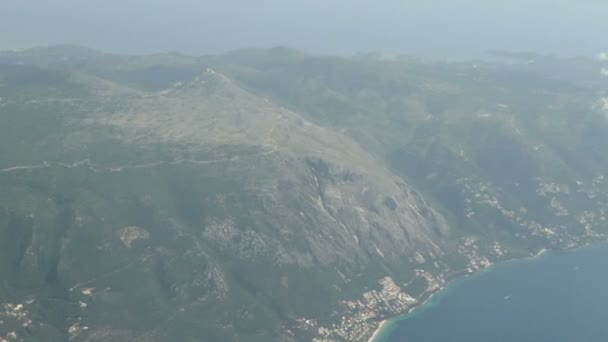 Luftaufnahme der Insel Korfu (Griechenland) und Mount Pantokrator.