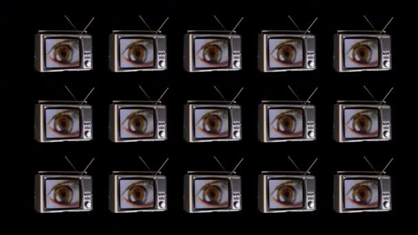 televíziós elforgatása a térben nagy szemekkel nézett körül a képernyőn fénylik és torzítás hatásait