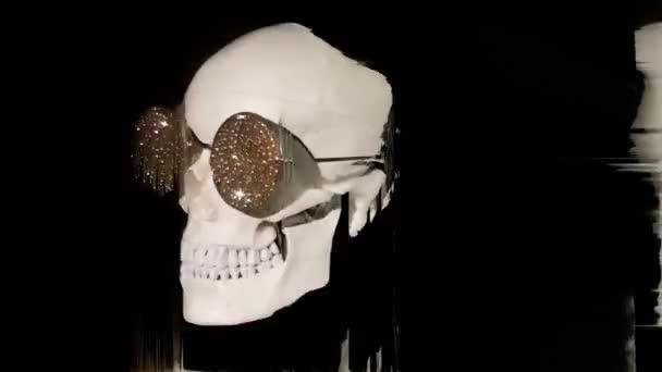 sluneční brýle diamond vztahuje otočení proti černé s přidanou deformaci lebky