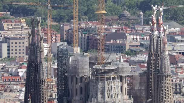 Barcelona - Juni 2017 - Sagrada Familia aus dem Bunker de Carmel, ein Aussichtspunkt über die Stadt barcelona