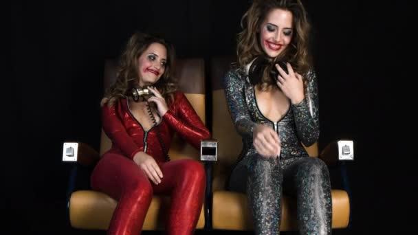 Teenager Bikinigalerien Frau betrunken auf Party Video Partygirlfilme Kostenlos heißen