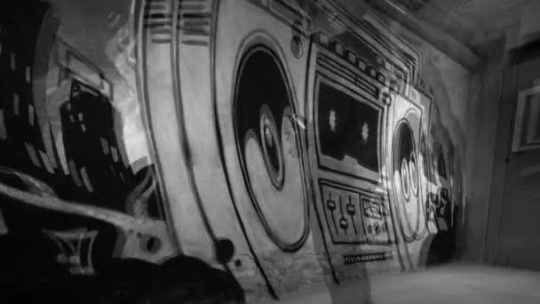 Művész rajz Boombox graffiti beton falon