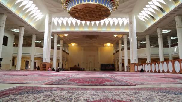 Irán keleti gyönyörű antik mecset belseje
