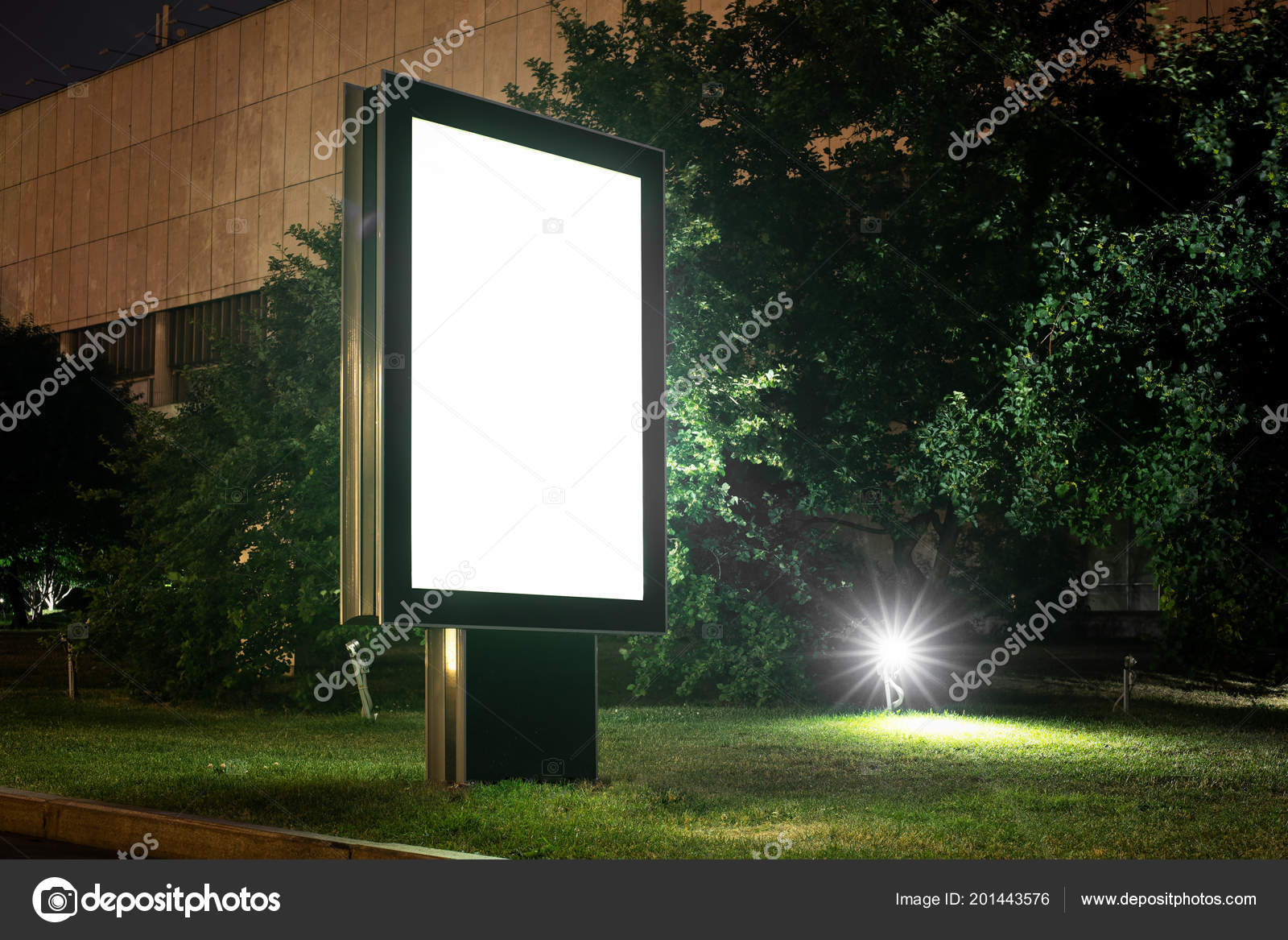 Blank banner on a street in the park  3d rendering — Stock Photo