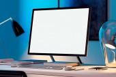 Fotografie Prázdná bílá monitor, klávesnice a počítač myš na stůl. 3D vykreslování