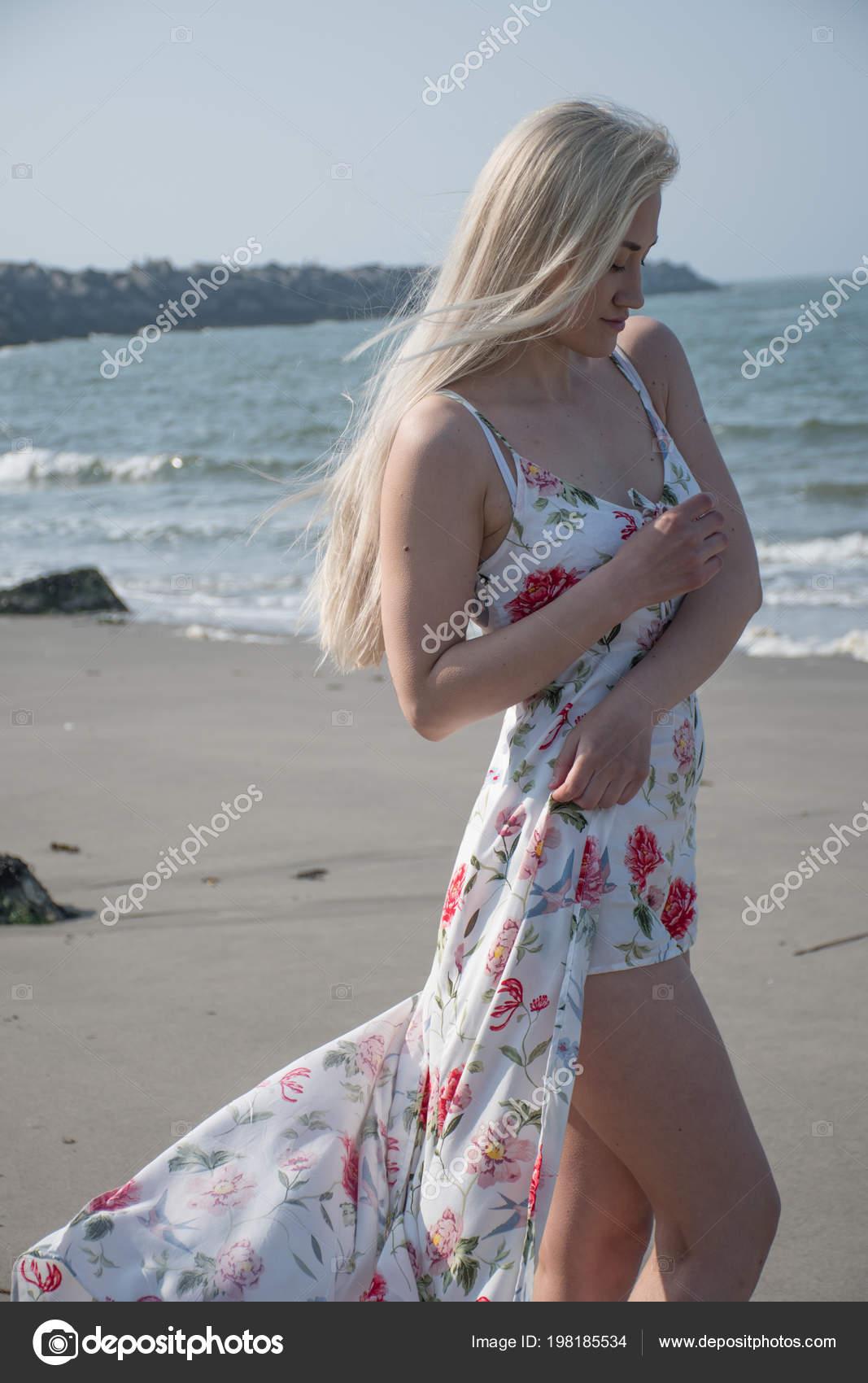 Blonde girl beach — 4