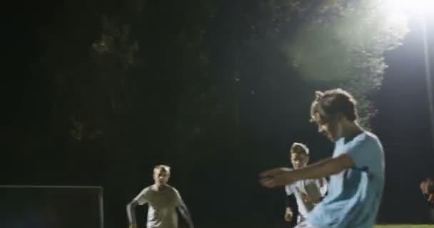Dětský fotbalový cíl oslava