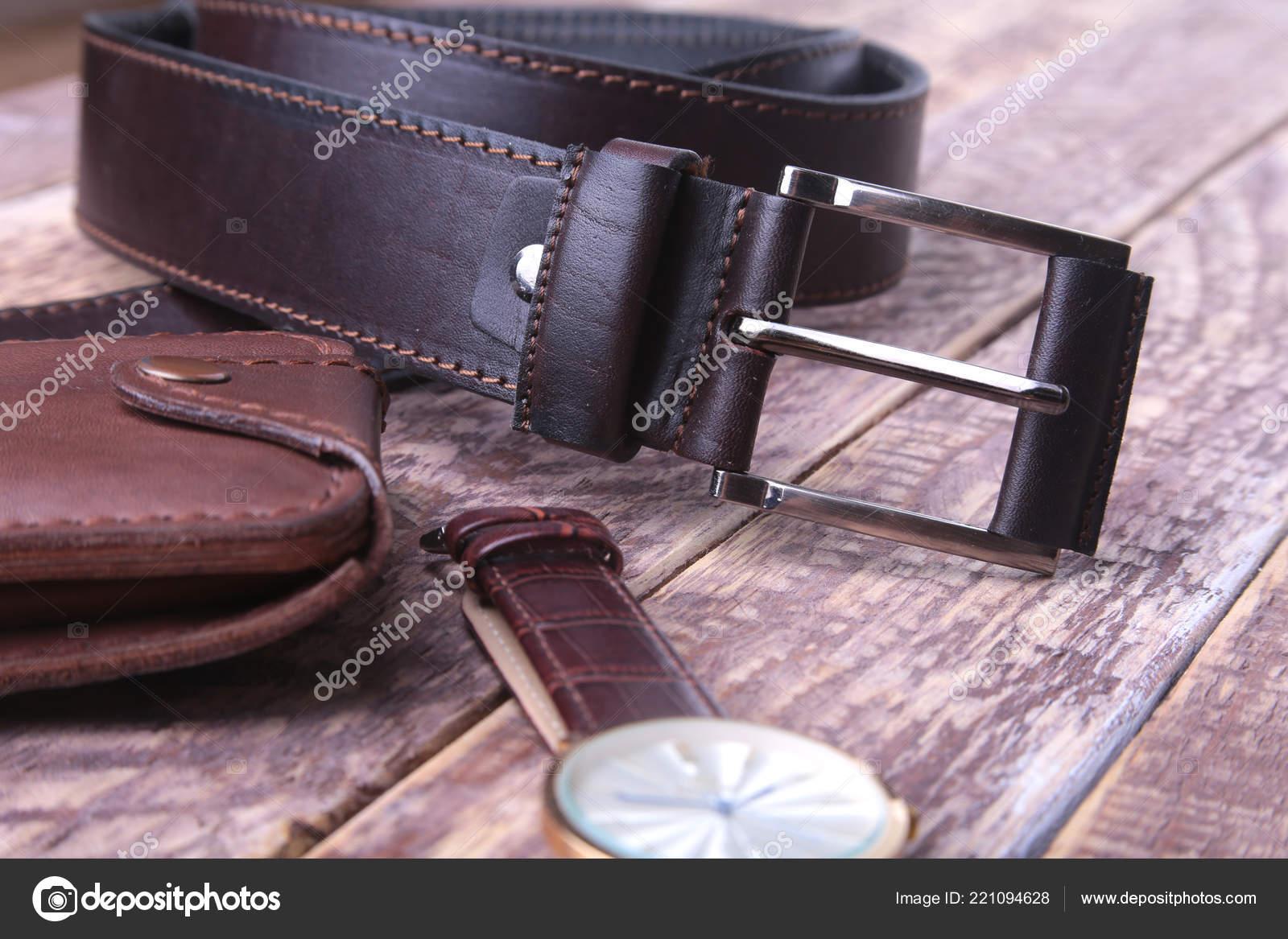 d70f0388a8ca Conjunto de accesorios para hombre para el negocio con correa de cuero