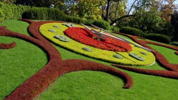 l horloge fleurie, oder Blumenuhr, im Englischen Garten, Genf, Schweiz