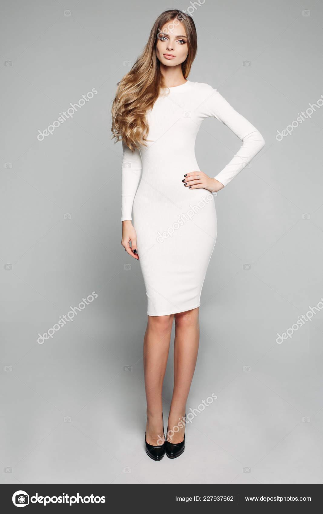 Kleid Skinny Blonde Teen 'Hot Girls